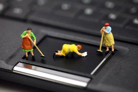 Laptopul se incinge praful inamicul numarul unu1ss
