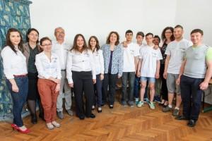Doua Centre United Way din Romania beneficiaza de echipamente Lenovo2