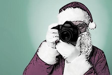 Mos Craciun este fotograf si in 2015 cu F64 si Yellowstore