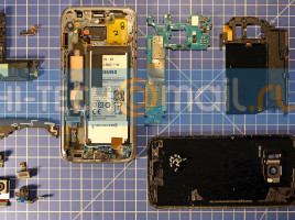 Cum am arata un Samsung Galaxy S7 facut bucati8