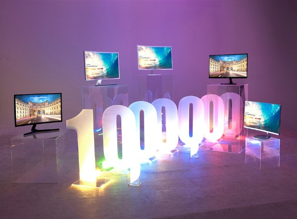 Samsung-peste 1 milion de monitoare curbate la nivel global