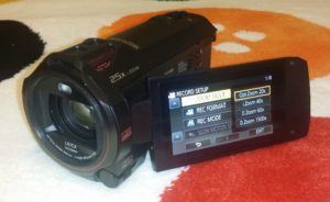 Zoom test Panasonic HC-VX980 cu 4K si WIFI (video)