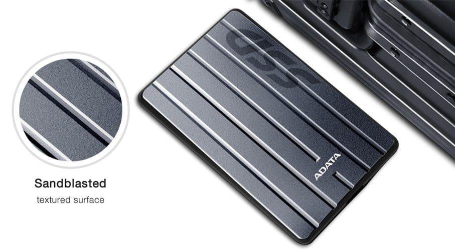 ADATA anunta noi modele de SSD externe 3D NAND SC660H si SV620H