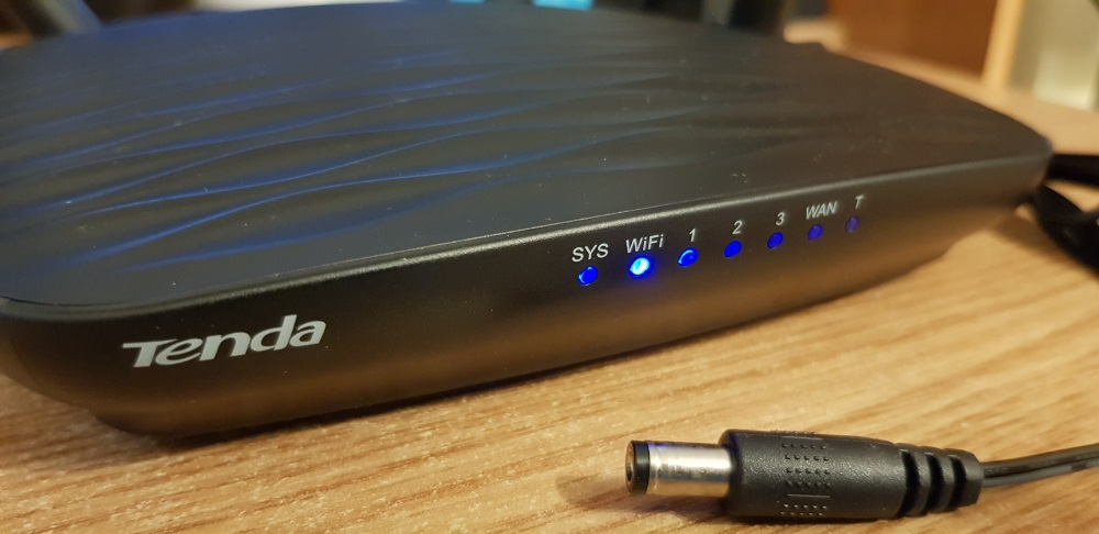 Prezentare si mini Review Router Tenda AC5 AC1200 Smart Dual-Band, Beamforming1