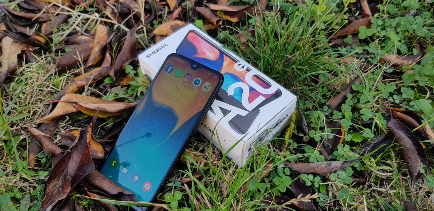 Samsung Galaxy A20e - merita sa-ti cumperi un telefon low budget pana in 600 de lei