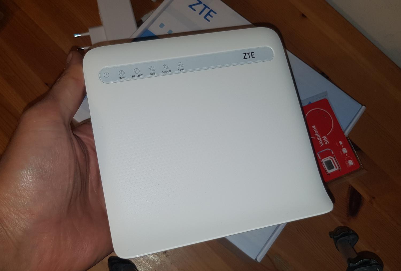 Router 4G ZTE MF255V, cu internet fix prin 4G de la Vodafone-fata