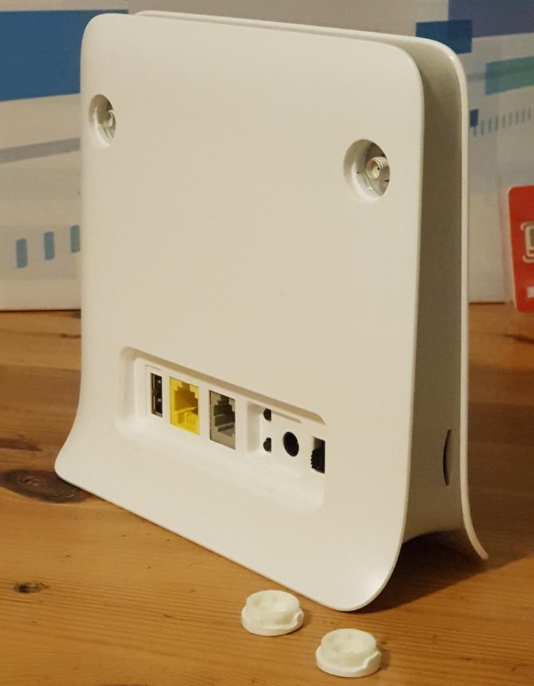Router 4G ZTE MF255V, cu internet fix prin 4G de la Vodafone-spate