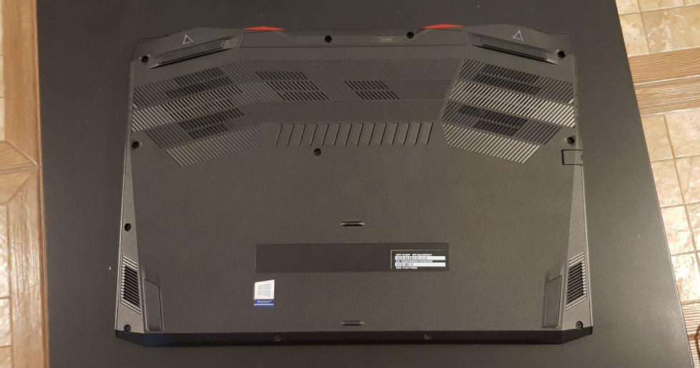 Gaming cu Acer Nitro 5 2020, laptop echipat cu Intel i5 generatia 10 si placa grafica dedicata Geforce GTX 2060